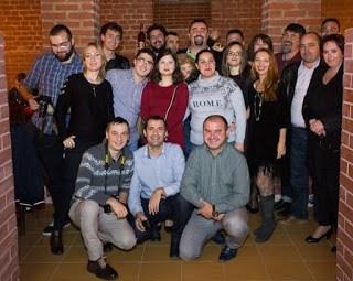 Poza de grup ASBO si Kooperativa 2.0 la Banu Maracine