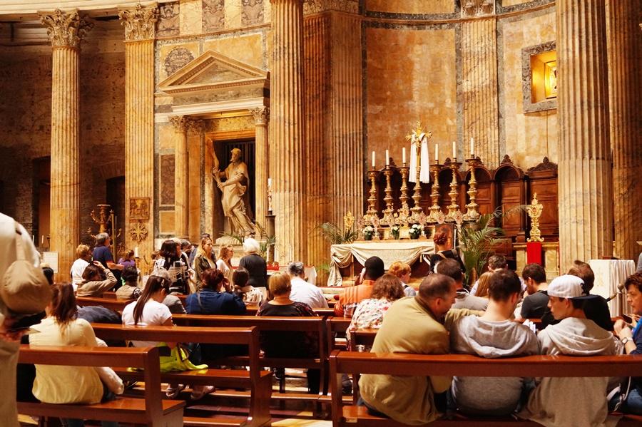 Pantheonul roman, un model al universului antic