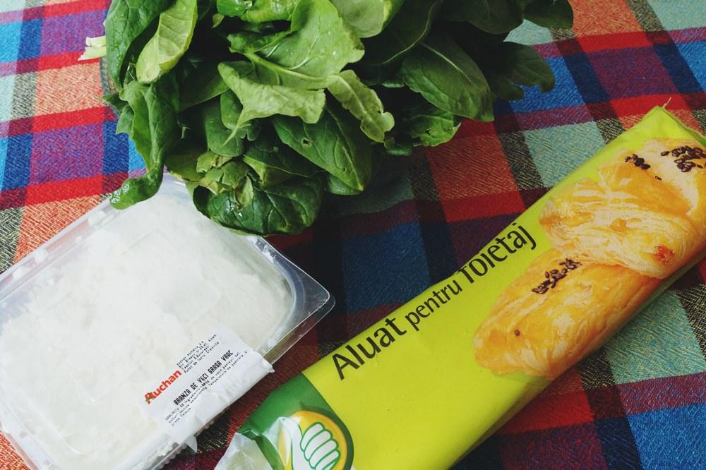 Ingrediente Placinta cu spanac