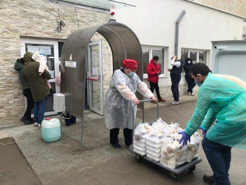 SAS Catering participa la proiectul Masa pentru doi