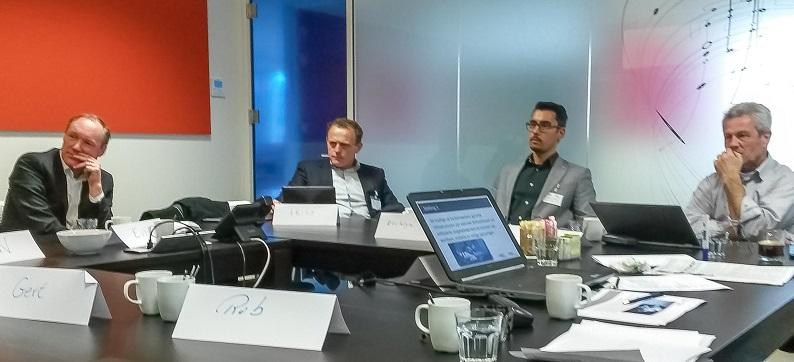 Roundtable Veilig mobiel werken in de zorg bij RAM Infotechnology 26 maart 2015