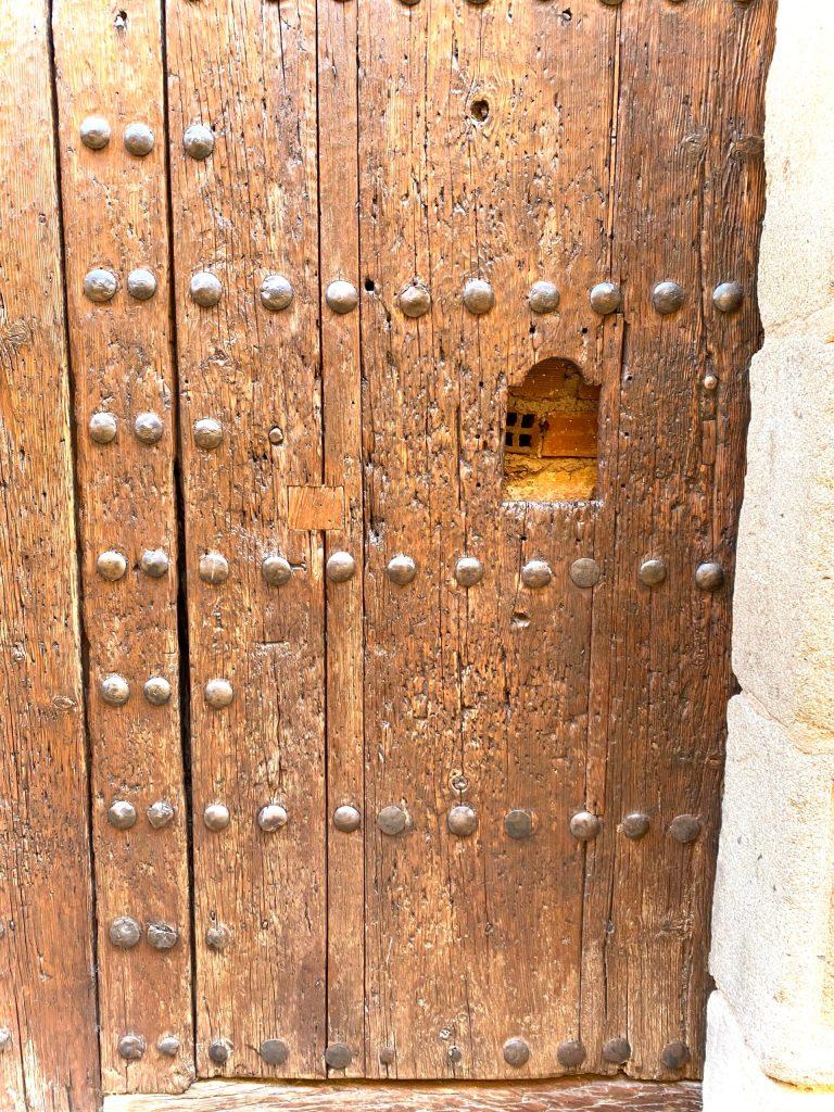 La NO-Puerta trasera del Obispado