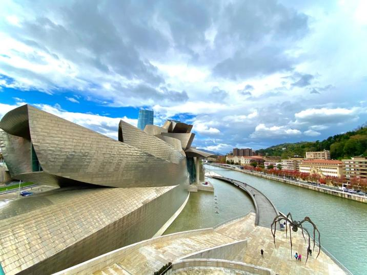 Museo Guggenheim - que ver y hacer en bilbao