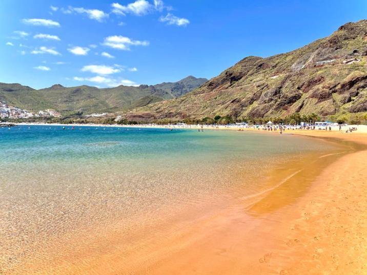 Playa de las Teresitas - lugares imperdibles de Tenerife