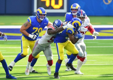 LA Rams see Brown, not Henderson, as the more physical running back