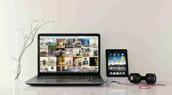 Electronics Laptop Travel Light