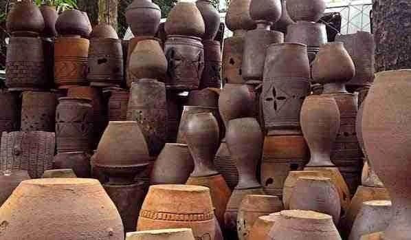 Pagburnayan Jars in Vigan