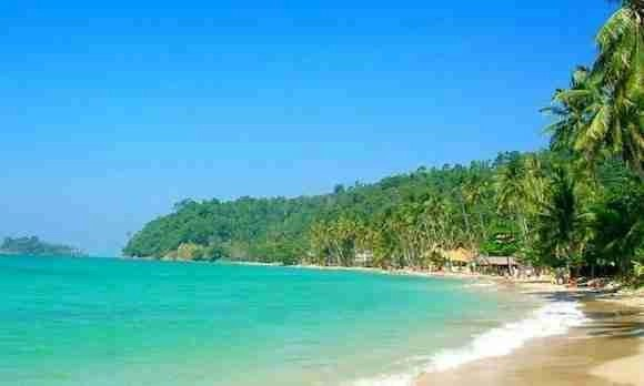 Lonely beach in Koh Chang