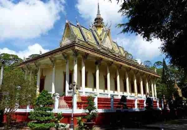 Hang Pagoda Tra Vinh Vietnam