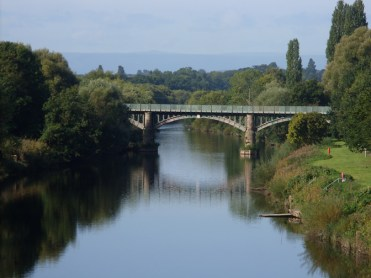 Photo of Hunderton Bridge