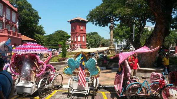 Colourful Tuk Tuks in Malacca