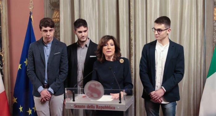 La conferenza stampa della presidente del Senato, Maria Elisabetta Alberti Casellati, con i tre 'vincitori' del torneo Zero Robotics