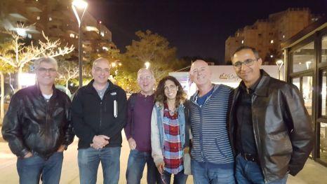 הצוות המתכנן. מימין לשמאל: רמי יצחק, גדעון רוזן, אפרת זהבי, בעז סגל, אודי בורג, אורי קנשתי.