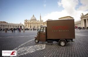 APE ROMEO-Be(e) Happy Fest