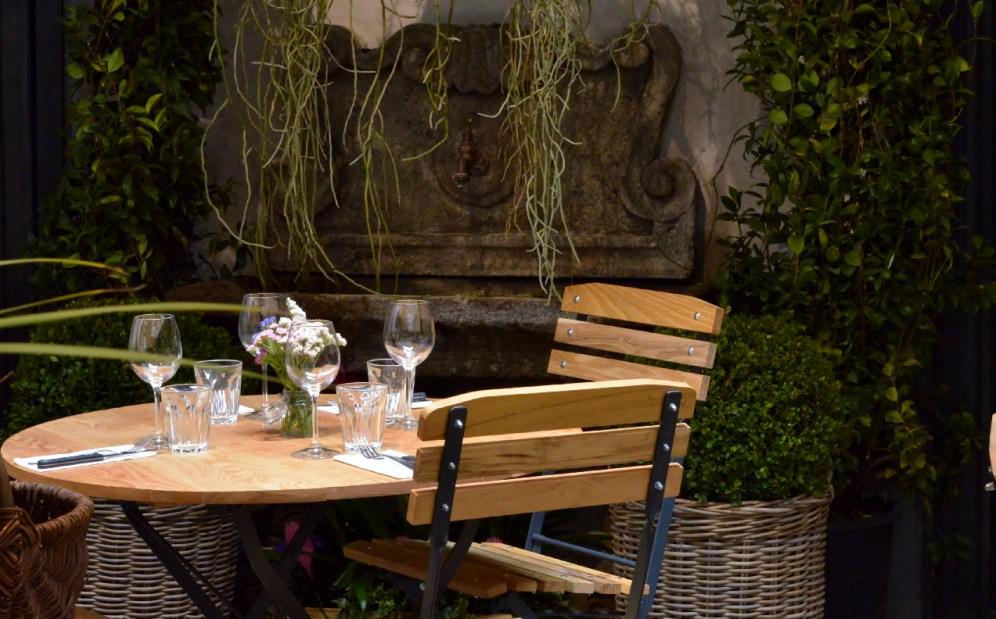 Hosteria del Mercato 1870-via Bocca di Leone 46-Roma-ristorante della tradizione romana- juice organic bar-sala da the-cocktail bar-drink-aperitivi-pizzeria bio-mercato