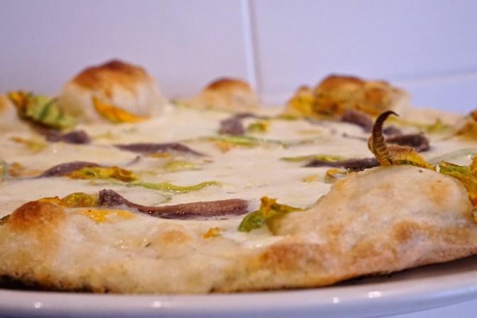 Pizza ai Fiori di Zucca, poizza romana da 'Gusto