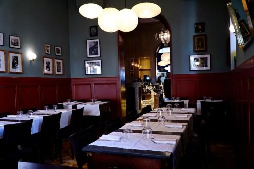 Sala interna del ristorante 'Gusto a Roma
