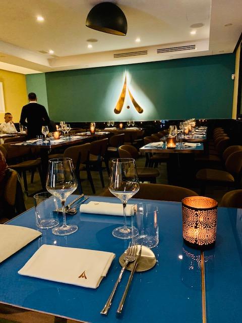 ristorante-amami-fusion-roma-tavoli-prospettiva