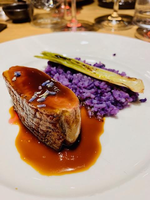 anatra con patata viola cipollotto lavanda ristorante Almatò Roma