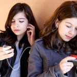 Do smart phones make smarter students?