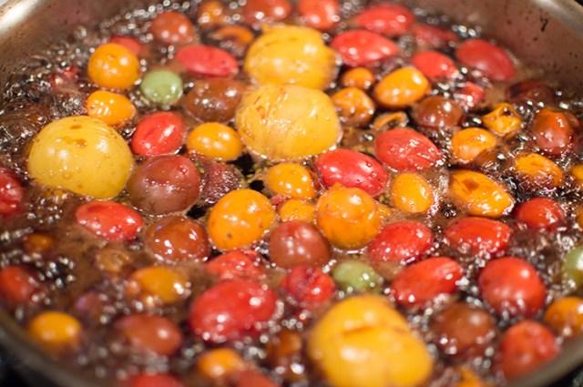 reducing tomato gastrique