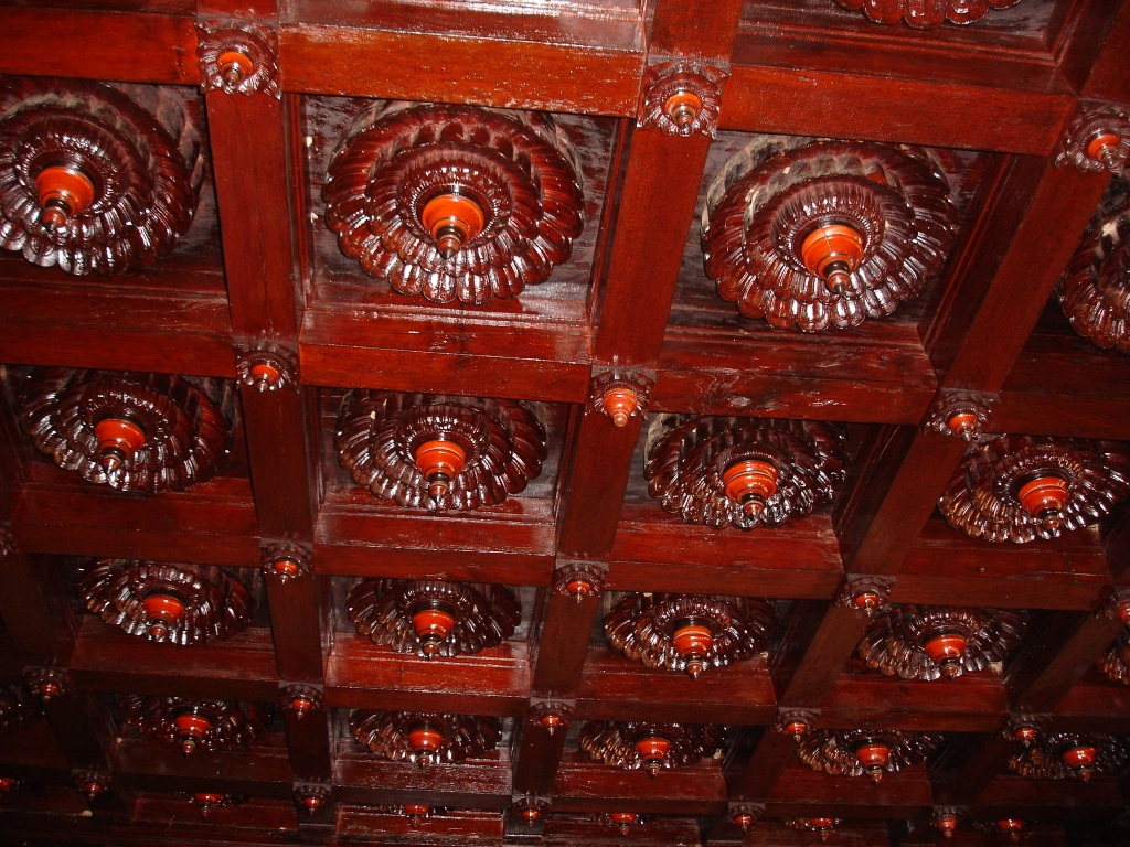 Woodwork in the cieling