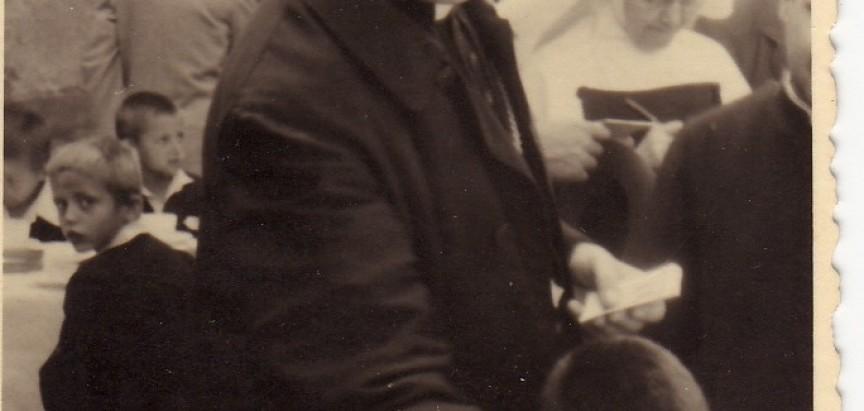 Don Pavao Crnjac: Nadbiskup Alojzije Stepinac i  djeca iz Rame