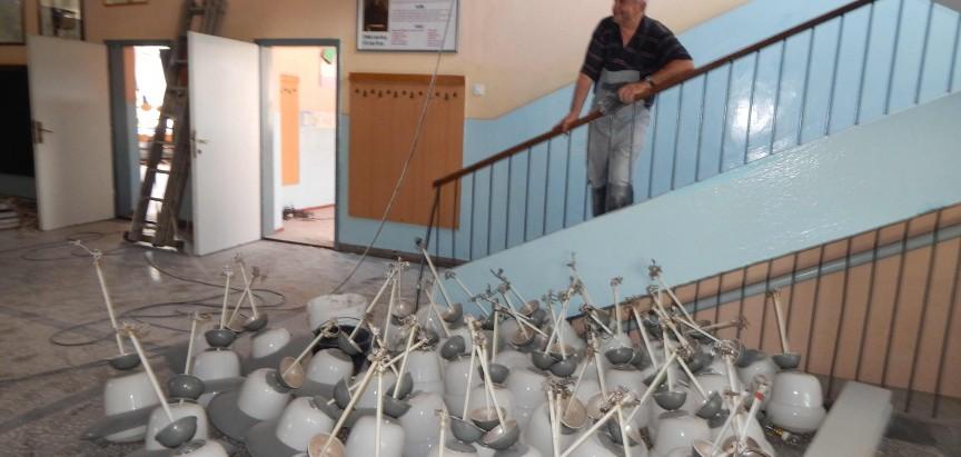 Osnovna škola u Ripcima mjenja kompletnu elektro instalaciju