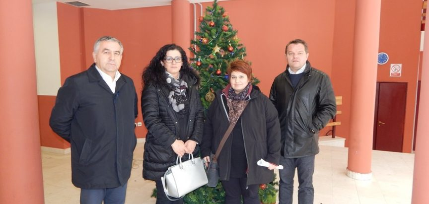Dodijeljena novčana potpora potrebnima od Ramljaka iz Austrije
