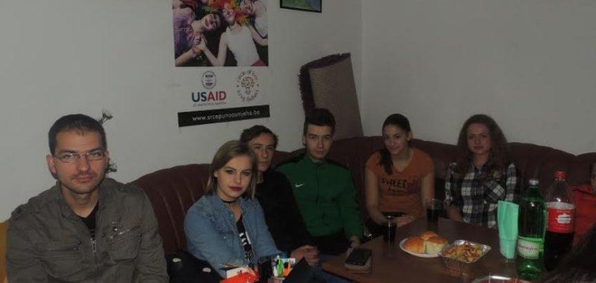 FOTO: PROZOR- RAMA- Srednjoškolci obilježili Dan volontera