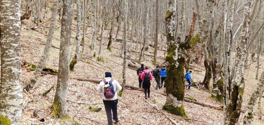 FOTO: Ramski planinari nastavili s aktivnostima usponom do Kamene dice
