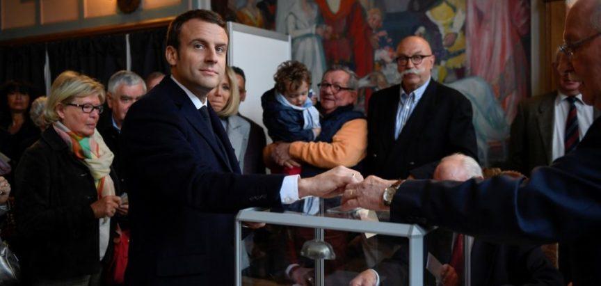 Predsjednički izbori u Francuskoj: Emmanuel Macron i Marine Le Pen ulaze u drugi krug