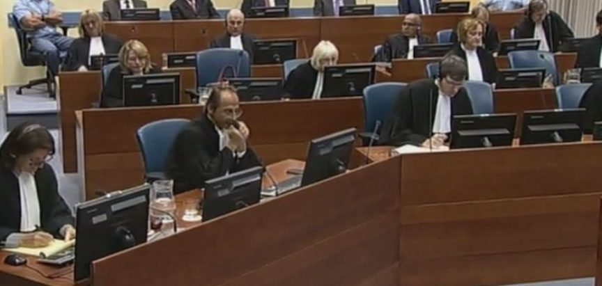 PRESUDA – Haški sud prekinuo izricanje presude jer se Praljak možda otrovao