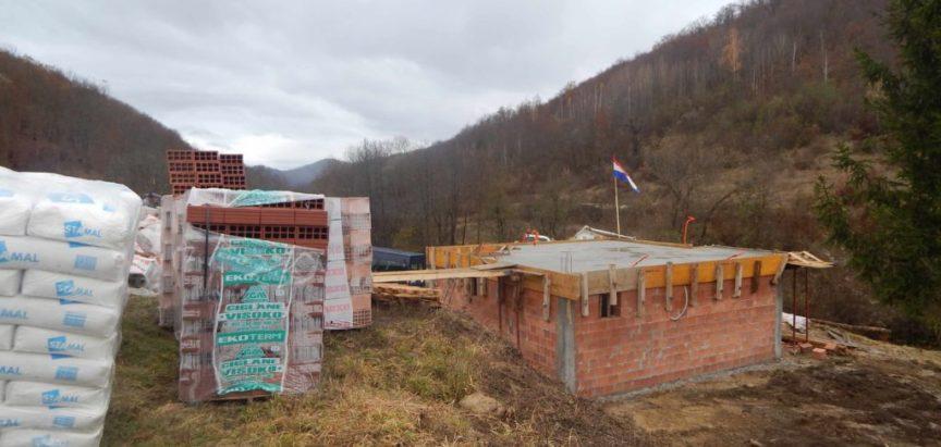 Foto: Blagoslovljena nova kuća obitelji Budim