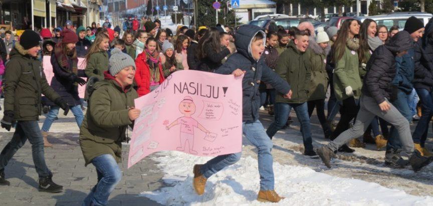 Učenici i nastavnici OŠ Marka Marulića Prozor obilježili Međunarodni dan prevencije vršnjačkog nasilja u školama