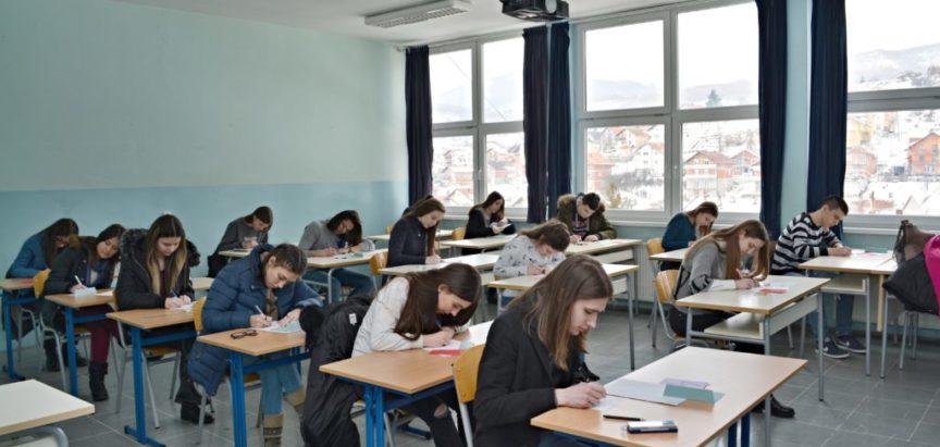 Foto: U Prozoru održano 25. Federalno natjecanja iz matematike učenika srednjih škola koje rade na hrvatskom jeziku i programu