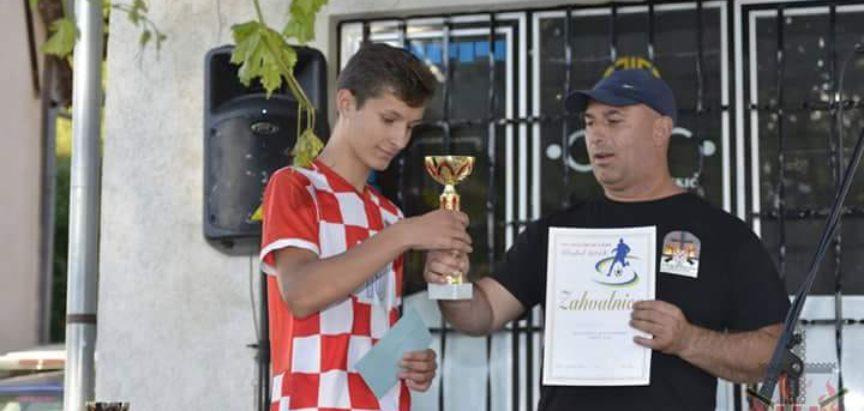 Na Uzdolu odigran tradicionalni malonogometni turnir