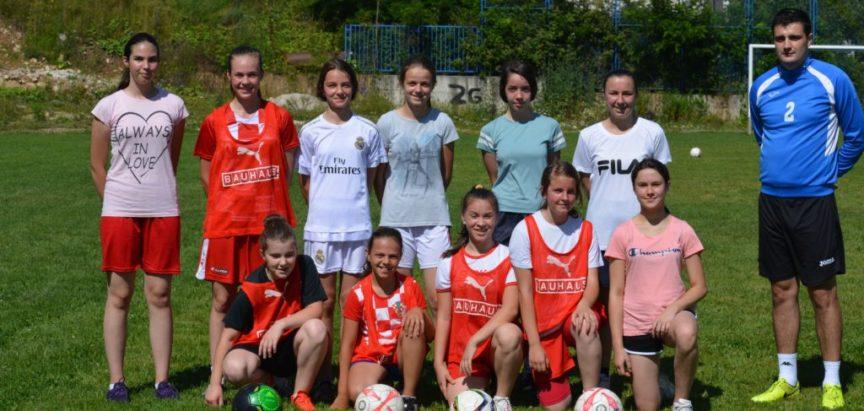 Foto: Škola nogometa za djevojčice