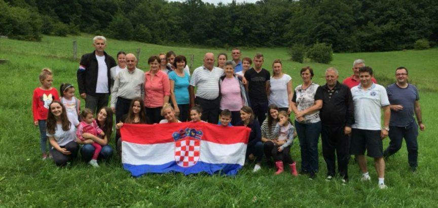 Četvrto okupljanje obitelji Joze i Ruže Šarčević – Necinih