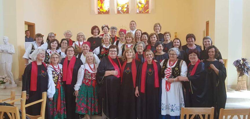 Župni zbor iz Prozora posjetio Borovicu kod Vareša