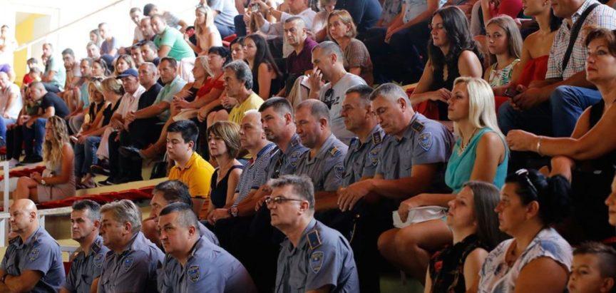 Osamdeset novih policajaca spremno da nas štiti i služi