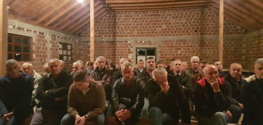 Javni skupovi HDZ 1990 na Uzdolu, Lugu i Gmićima