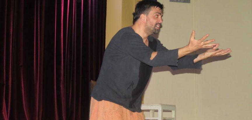 """""""OTIRAČ- uan men šou"""" nasmijao ramsku publiku"""
