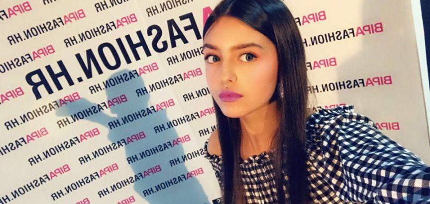 Ramska ljepotica Magdalena Fofić prošetala modnom pistom Zlatne igle u Zagrebu