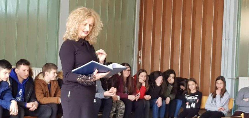FOTO: Projektna nastava Tradicijska glazbala Rame u OŠ Ivana Mažuranića Gračac