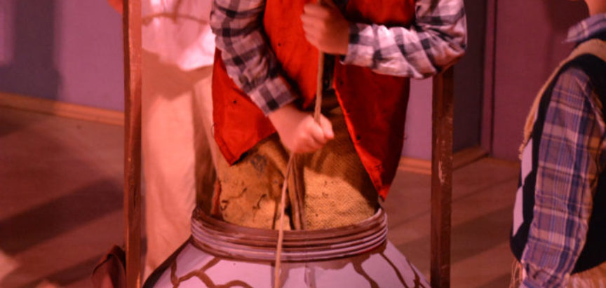 Foto: Pero Kvržica s družinom zaigrao u Domu kulture u Prozoru