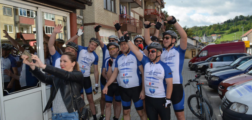 Foto/Video: Ramski biciklisti krenuli za Vukovar