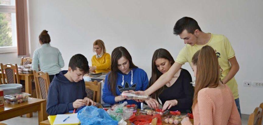 Srednja škola Prozor ispraća 92 maturanta