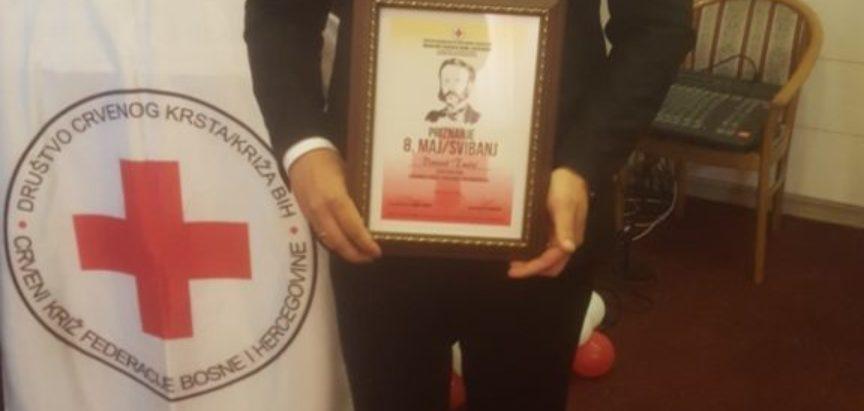 Vrijedno priznanje Danielu Tučiću, tajniku Crvenog križa Prozor-Rama