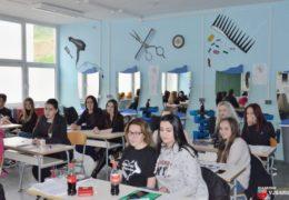 Ivona Faletar učenica je generacije za trogodišnje zanimanje Srednje škole Prozor